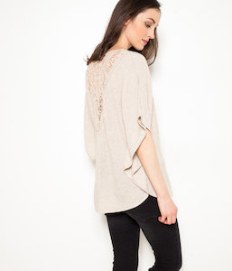 Pull femme manches chauve-souris broderies