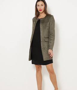 Robe brodée manches longues